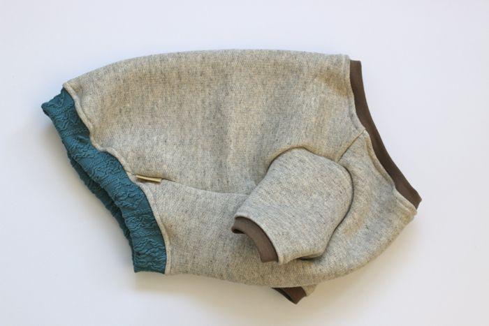 画像1: しっかり厚手の裏起毛トレーナー 青アラン編みリブ